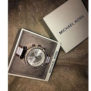 Brand new in box Michael Kors rose gold watch